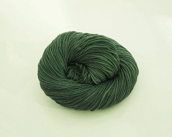 Hand-dyed yarn - Merino DK - 100g - Jade green
