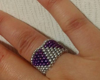 Handmade Peyote Ring -  Beaded Ring - Handmade Ring - Affordable Seed Beads Ring - Birthday Gift -  Handmade Band Ring - Silver and Purple