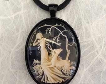 Diana Cameo 30 x 40 Photo Cab Pendant | Made in Melbourne | Australian Seller