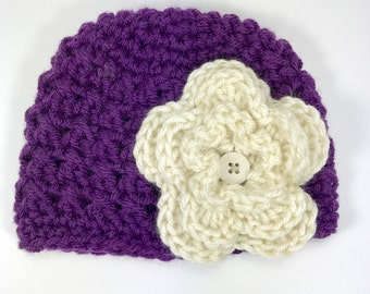 baby hat, crochet baby hat, 0-3 month baby hat, purple hat, hat with flower
