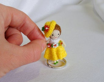 Miniature OOAK Doll, tiny doll, miniature Tiny Crochet doll  in yellow, 4,5cm doll, 1,8inches doll, Miniature Doll, tini girl doll