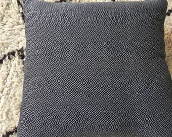 luxury cotton Pillow Cover with fringes - Black Diamond
