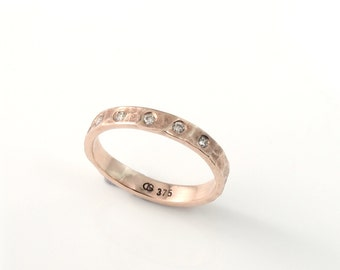 WINTER LAKE ring - 9 Carat Yellow Gold or Rose Gold band with 5 diamonds (1.8mm each) - 3mm wide band - Hammered and Textured- size I to N