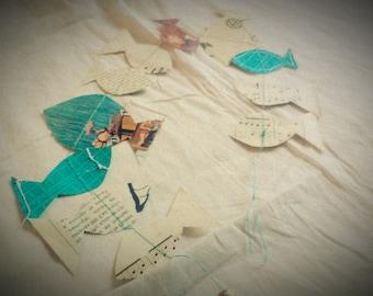 Fish 0.65 m sewn paper Garland