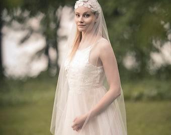 Soft Wedding Veil | Bohemian Veil | Elegant Veil | Romantic Veil | Soft Tulle Veil | Juliet Veil | Handfasting Veil | Unique Veil | FLORA