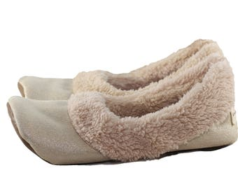 Women's Travel Slippers - Travel Shoes - Gift for Women - Sherpa Slippers - Women's Slippers with Soles - Soft Sole Shoes Women - Gold