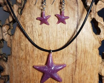 Star-shaped pendant and earrings in a hand-colored resin