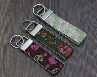 Ladybug Mini Key Fob Flowers Keychain, Ribbon Key Chain, Keychain for Women, Key Fob Keychain, gift ideas for girls, Womens Gift Under 10,