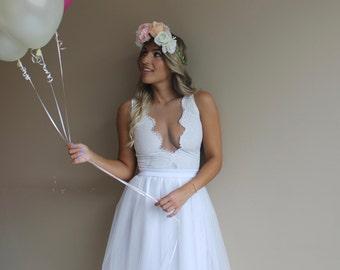 Bohemian wedding dress, lace wedding dress, boho wedding dress, short wedding dress, beach wedding dress, simple wedding dress, white dress.