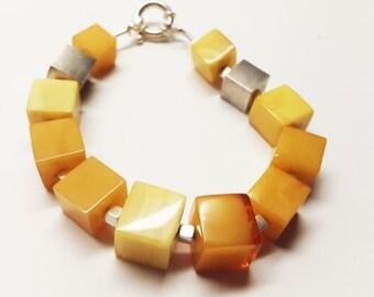 Natural amber bracelet 30g