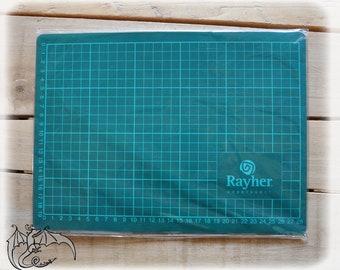 Cutting mat Rayher, 28 cm x 19 cm