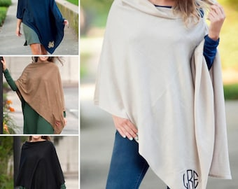 Monogrammed Ponchos, Chelsea Poncho, Gifts for Her, Fall Bridesmaid Gifts, Bridesmaid Gift, Christmas Gifts, Group Discounts