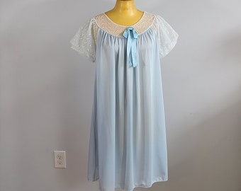1960s Jenelle Blue Night Gown // Large or Extra Large