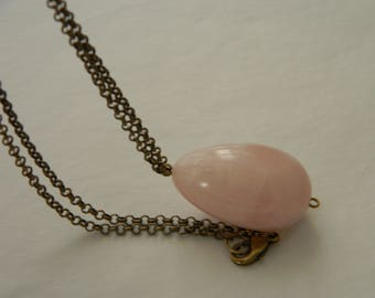 Rose quartz pendant w brass chain necklace , beaded jewelry , teardrop rose quartz pendant , layering necklace , long single strand chain