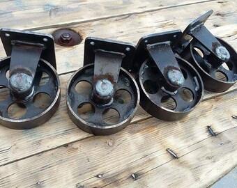 Lot de 4 Roulettes acier effet industriel loft