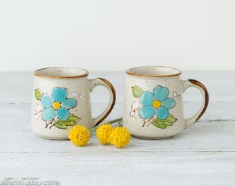 2 Vintage Coffee Mugs - Flower Mugs - Retro Coffee Cups - Pair of Mugs - Norleans