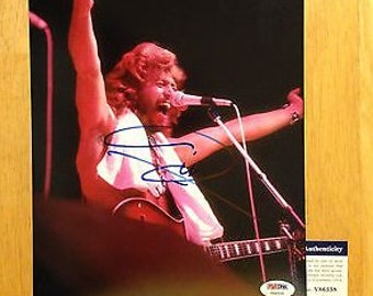 Signed Barry GIBB The Bee Gees 8x10 Photo PSA DNA A