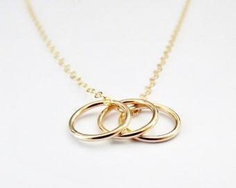 Trois anneaux collier en or - 14k or rempli - Simple - Minimal