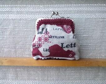 Coin purse gift Latvia 100, coin purse Lettland, flag of Latvia coin purse, gift for Latvian, kiss lock frame pouch, crossbody small purse