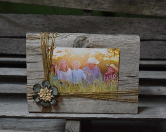 """Rustic 4""""x6"""" or 5""""x7"""" Picture Frame"""