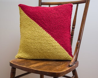 """Nautical Signal Flag """"O"""" Pillow Cover - knit in wool"""