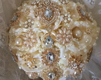 Rose Gold Brooch Bouquet, Available in many colors of roses, Rush Orders Welcome! Reserve with 150.00 Deposit, Full Price 275&up