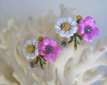 Summertime White Daisies n Passionate Pink Enameled Flowers Stud Earrings