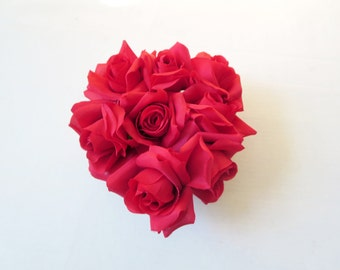 Red roses heart decoration-Valentines gift - Heart Shaped Red Roses -table decoration