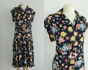 Vintage 1970s Floral Dropwaist Dress US 10 EU 40 UK 12 Collared Shirt Dress