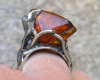 Ring silver cast, amber