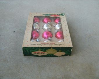"""12 vintage 1950s shiny brite american made glass christmas tree ornaments in original box measure 1-1/2"""" across"""