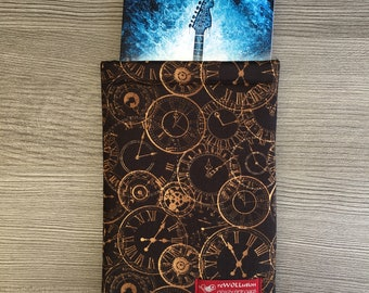 Hands of Time Book Sleeve - Small - Buchpullover