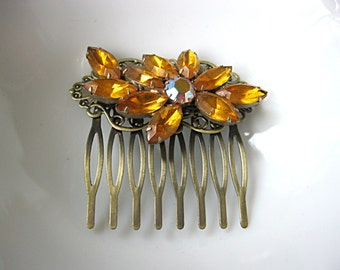 Vintage amber brooch hair comb for bride, bridesmaid, mother of the bride, grooms mother, antique bronze comb