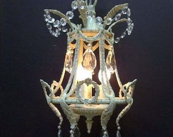 Small White Crystal Chandelier Light Ivory Petite Shabby Chic Crystal Chandelier Lighting Lantern Light Pearls Wreaths Acanthus Leaf DD 1209
