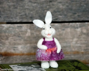 Needle Felt Bunny - Needle Felted Bunny - Easter Bunny - Easter Decoration - Easter Decor -  Wool Bunny - Easter Décor - Bear Creek Bunny