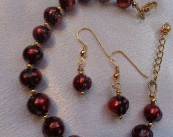 Valentine Special- Red Pearl Jewelry Set- Freshwater Pearl Bracelet and Earrings- Valentine Special- Genuine Cultured Pearls- Engagement