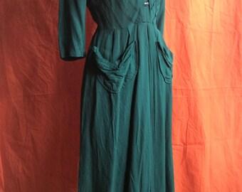 Lovely 1940's dress