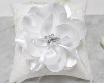 Wedding ring bearer pillow, off white lace ring pillow, wedding ring cushion, White satin flower wedding ring pillow