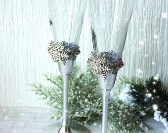 Snowflakes Winter  Wedding Champagne Glasses Winter Wedding Christmas Wedding Holiday Wedding Champagne Flutes
