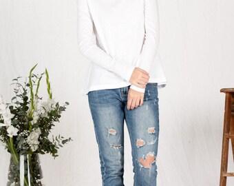 Organic cotton long sleeve white top