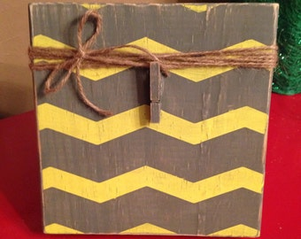 SALE Distressed Wood Chevron Photo Frame with Twine and Clip (grey gray yellow)