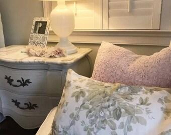 Shabby Chic Floral Linen Pillow Cover Farmhouse Cottage Style Bennison & Rachel Ashwell Grain Linen