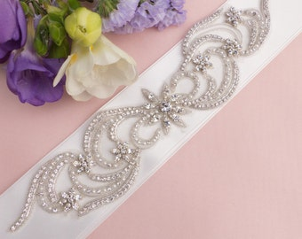 bridal sash belt, wedding belt, wedding sash, ribbon belt, bridal sash with Swarovski crystals Sophia