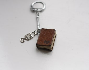 Mini book keychain. Gift for book lovers