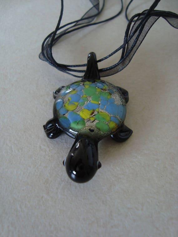 Black glass turtle pendant necklace mozeypictures Images