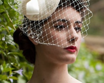 Audrey Hepburn Inspired Birdcage Veil #AudreyHepburn #Vintage #birdcageveil