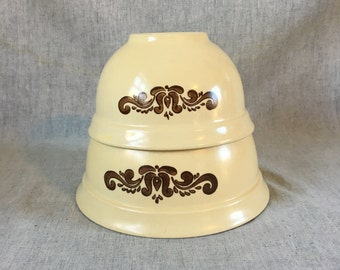 Vintage Pfaltzgraff Village 1 & 2 Quart Mixing Bowls, Nesting Bowls