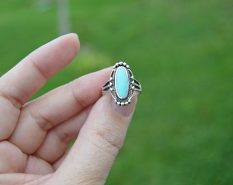 Vintage sterling silver turquoise ring - southwestern