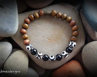 Onyx & Wood Stretch Bracelet
