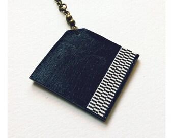Aztec necklace, black and white necklace, Aztec necklace, graphic necklace, geometric necklace, long necklace, aztec necklace